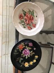 Dois pratos de sobremesa porcelana