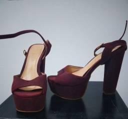 Título do anúncio: Sapato peep toe roxo 37