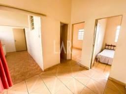 Título do anúncio: Casa à venda, 4 quartos, Carlos Prates - Belo Horizonte/MG