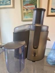 Título do anúncio: Vendo  aparelho para fazer suco Walita