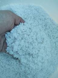 Título do anúncio: Substrato aragonita sampink aquário marinho e siclideos 6,00 o kg