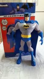 2 Bonecos do Batman (1 com reconhecimento de voz) por R$200