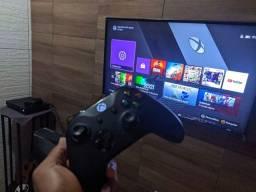 Xbox One X na Caixa