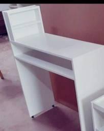 Mesa manicure sem rodinhas (150 já com entrega )