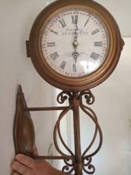 Relógio retrô vintage
