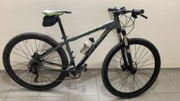 Bike Focus Black Forest, tamanho 17, aro 29