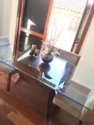 Linda mesa de jantar com 6 cadeiras