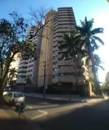 Apartamento Alto Padrão Centro / AP0148