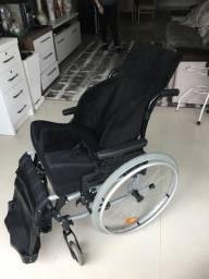Cadeira de rodas importada (venda)