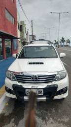 Hilux 7 Lugares - 2014