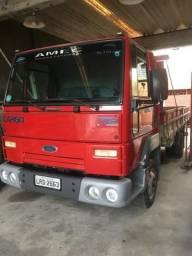 Caminhão Ford Cargo 712 - 2009