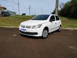 Volkswagen Gol Branco 4 portas - 2011