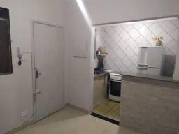 54744254 - Aluga-se apartamento reformado - 01 Dorms. -Centro - SV - 30m²