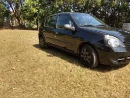 Clio 4p com ar - 2012
