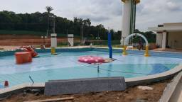 Lacqua cond Com parque aquático no km3 Rodovia Manuel Urbano