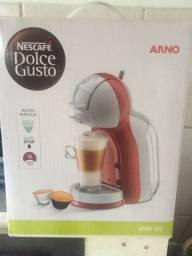 Cafeteira Nescafe Dolce Gusto Mini Me Vermelha Automática