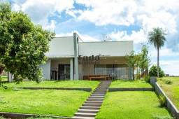 Casa á Venda - Condomínio Águas do Rio Paraná.