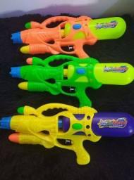 Pistola de água (entrega grátis)