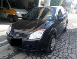 Ford Fiesta 1.6 com apenas 50.000Km