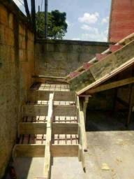 Faço escadas de concreto