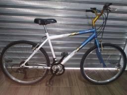 Bicicleta Caloi aro 26 adulto conservada