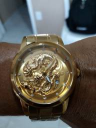 Relógio do Dragão.