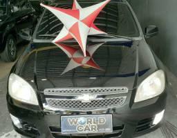 Prisma sedan 1.4 financio até 48 meses