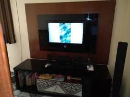 Painel p/ TV + Rack em Madeira + Gavetão Central c/ Espelho