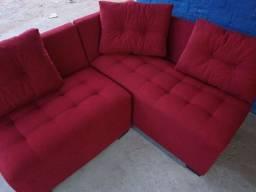 Título do anúncio: Lindo sofa e canto novo fabricado cor vermelho
