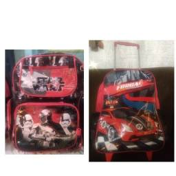 2 mochilas de menino