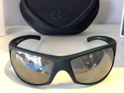 Queima de Estoque Óculos Mormaii de R$269 por R$220 (R$49,00 de desconto)