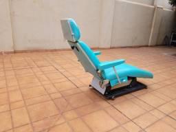 Título do anúncio: Cadeira de dentista usado