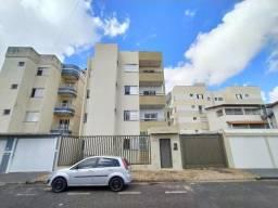 Apartamento para alugar com 3 dormitórios cod:L17450