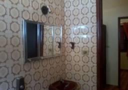 Casa A Venda Com 3 Dormitórios, Sala, Cozinha, Banheiro E 2 Vagas De Garagem.