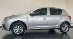 Renault Sandero. 1.6. 2020