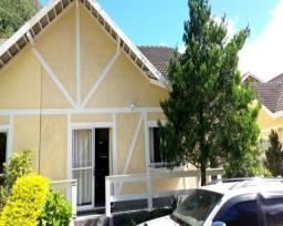 Título do anúncio: Casa em condomínio fechado com 3 quartos, sendo 1 suíte.