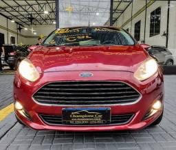 New Fiesta 1.6 Titanium 14/14 48x 899,00 fixas no CDC + entrada