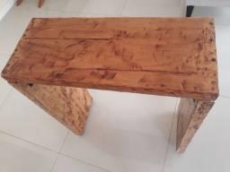 Título do anúncio: Aparador rústico de madeira de demolição encerado