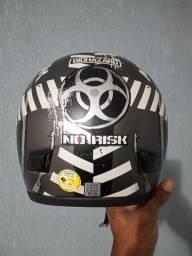 Vendo capacete norisk valor 200,00
