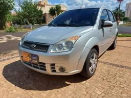 Ford Fiesta 1.6 Prata