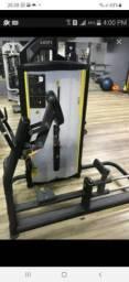 Vendo máquina glúteos movement, valor 6 mil