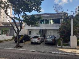 Título do anúncio: Casa Comercial no Bairro de Parnamirim em Recife a menos de 100 metros da Av. Rui Barbosa