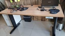 Mesa Para Escritório Com Regulagem Elétrica Baher Usada