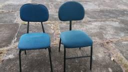 JUNDIAÍ- Cadeiras estofadas
