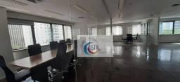 Título do anúncio: Conjunto comercial com 240,00 m² com 8 vagas de garagem. Edifício com auditório, sala de r