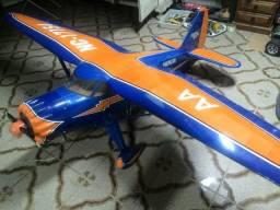 Aeromodelo Stinson Reliant Topflite. Estudo Trocas