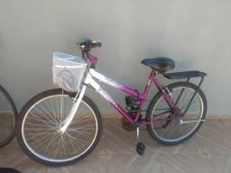Vendo bicicleta feminina R$300,00