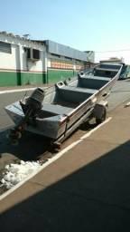 Vendo barco com motor e carretinha - 2004