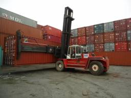 Empilhadeira 18tons para container side loader