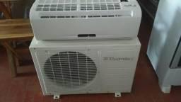 Ar condiconado eletrolux 9000btus classe a 220 volts gelando bem com 3 meses de garantia